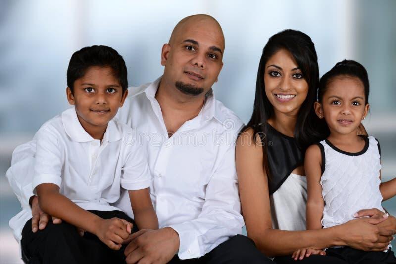 Familj tillsammans royaltyfria bilder