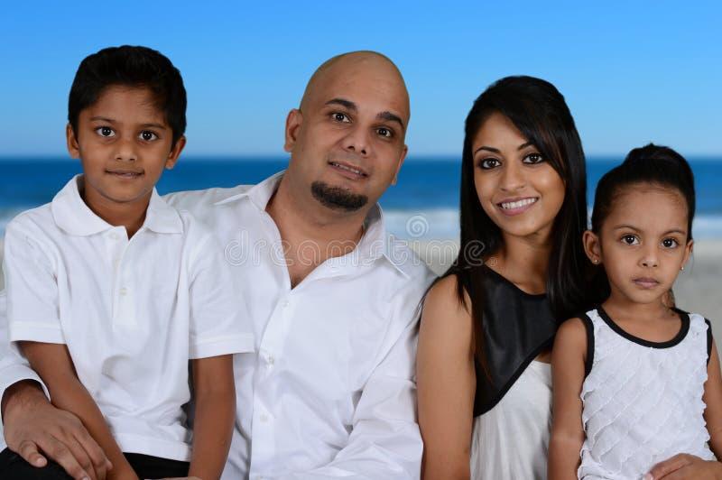 Familj tillsammans royaltyfri foto