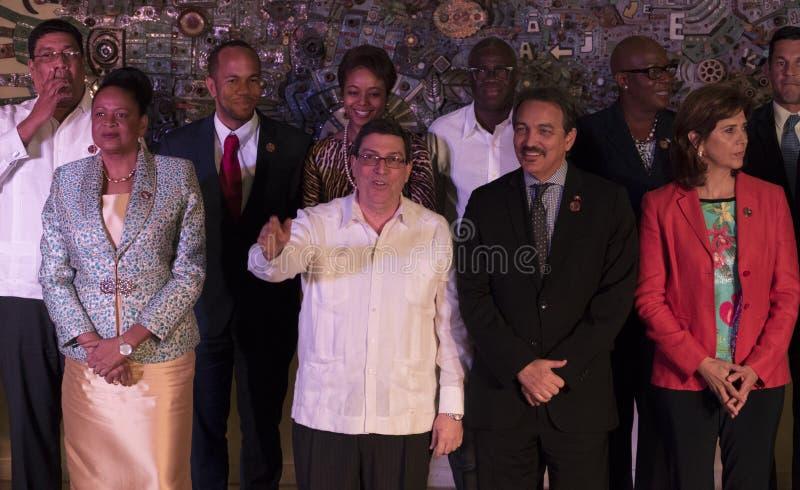 Familjfoto på slutet av det 22nd mötet av anslutningen av det ministeriella rådet för karibiska tillstånd arkivfoto