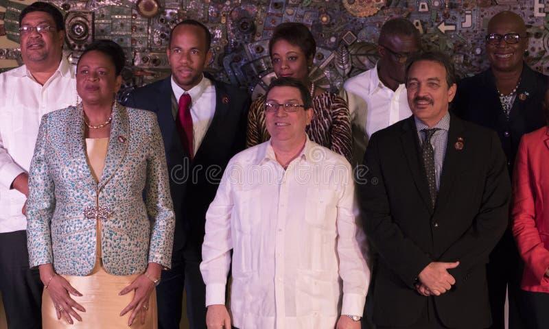 Familjfoto på slutet av det 22nd mötet av anslutningen av det ministeriella rådet för karibiska tillstånd fotografering för bildbyråer