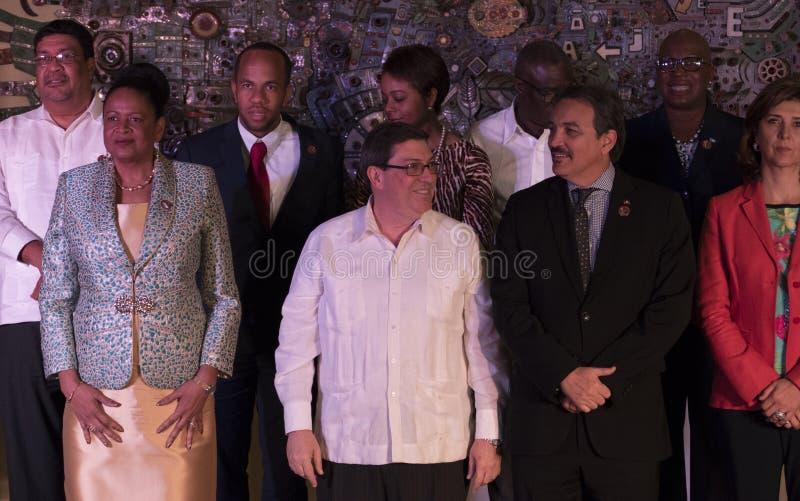 Familjfoto på slutet av det 22nd mötet av anslutningen av det ministeriella rådet för karibiska tillstånd arkivfoton