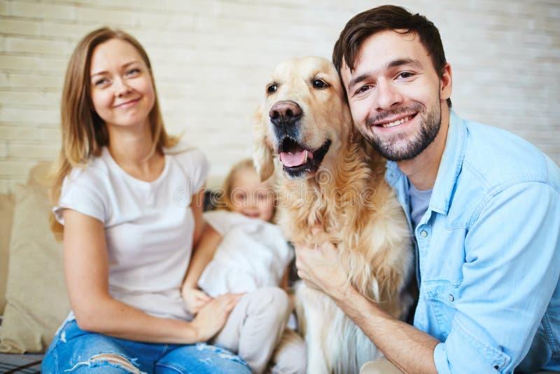 Familjhusdjur arkivbild