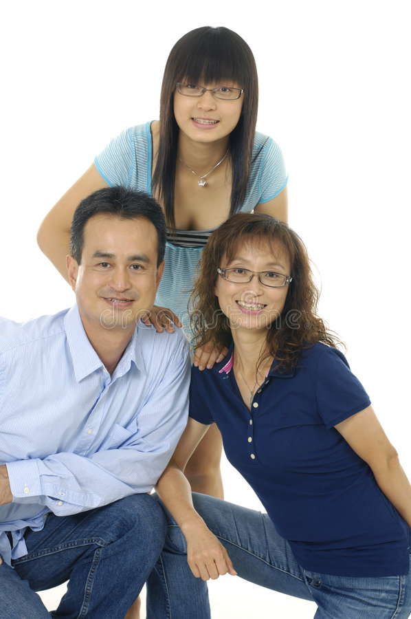 Download Famille asiatique photo stock. Image du maison, asie, chinois - 8669780