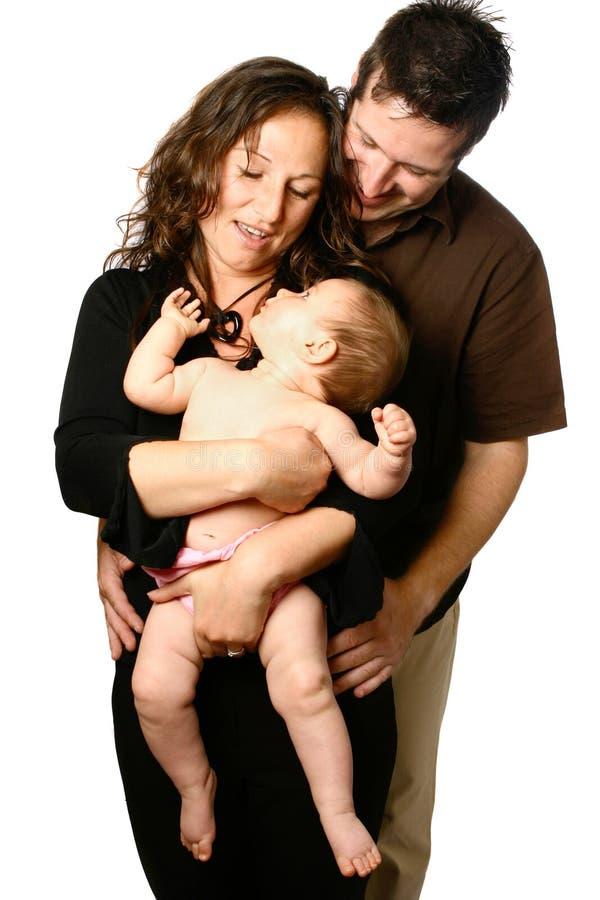 Famille ayant l'amusement avec la chéri photographie stock libre de droits