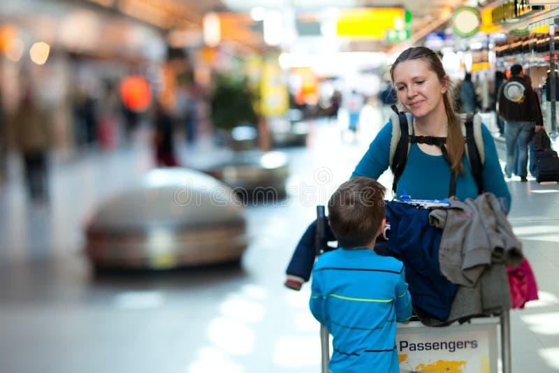 famille d'aéroport photographie stock
