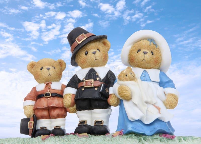 Famille d'ours de pélerin d'action de grâces photos stock