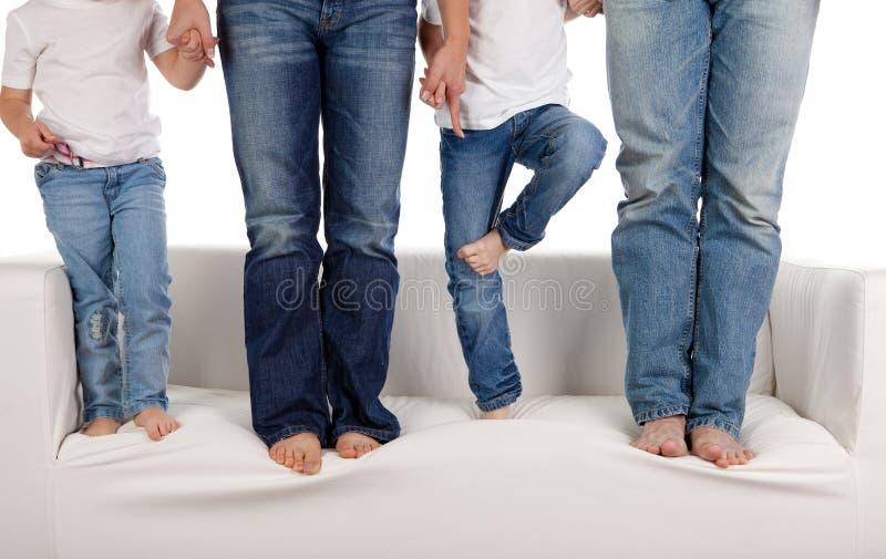 Famille dans des jeans image stock