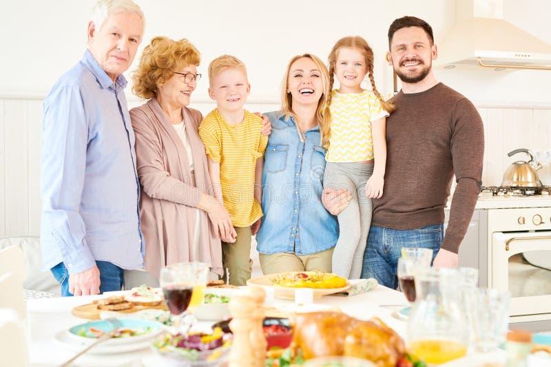 Famille de deux générations images stock