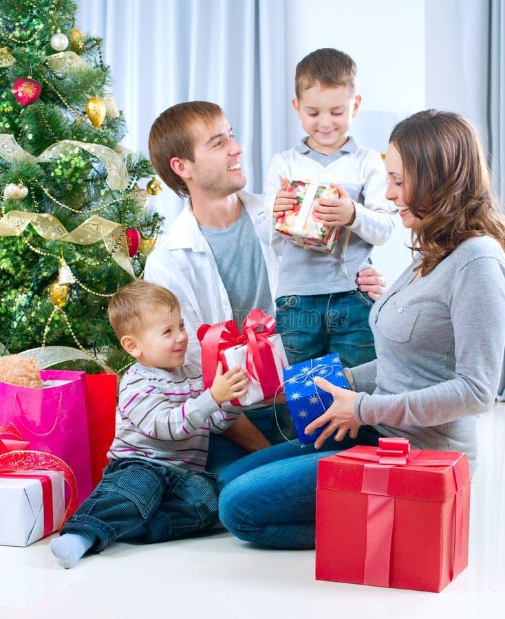 Famille de Noël image libre de droits