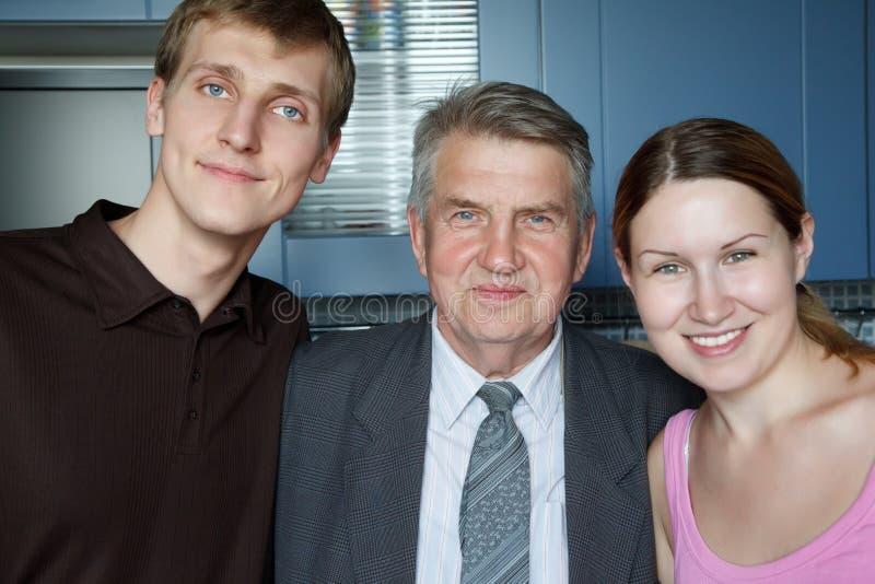 Famille de trois personnes. photos stock