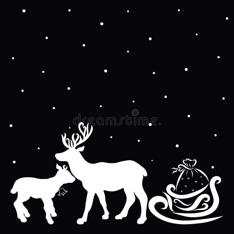 Famille douce des cerfs communs et traîneau de Santa Claus avec des cadeaux, silho illustration libre de droits