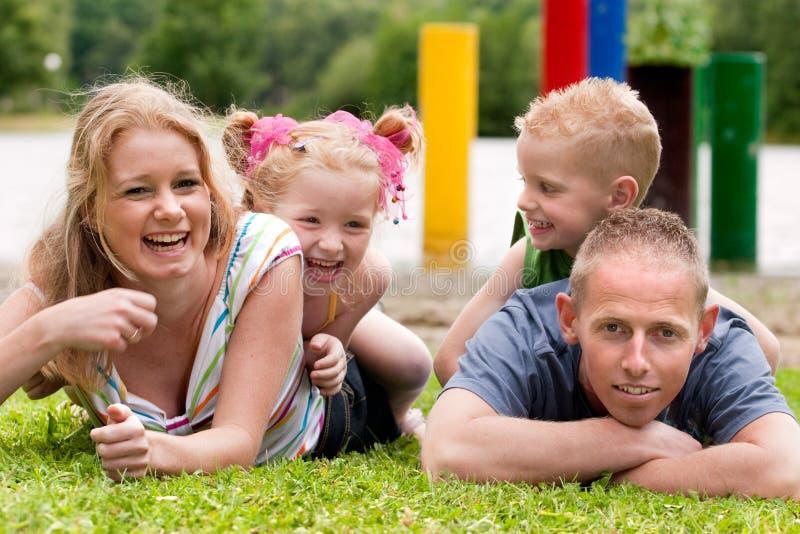 Famille heureuse de colorfull image stock