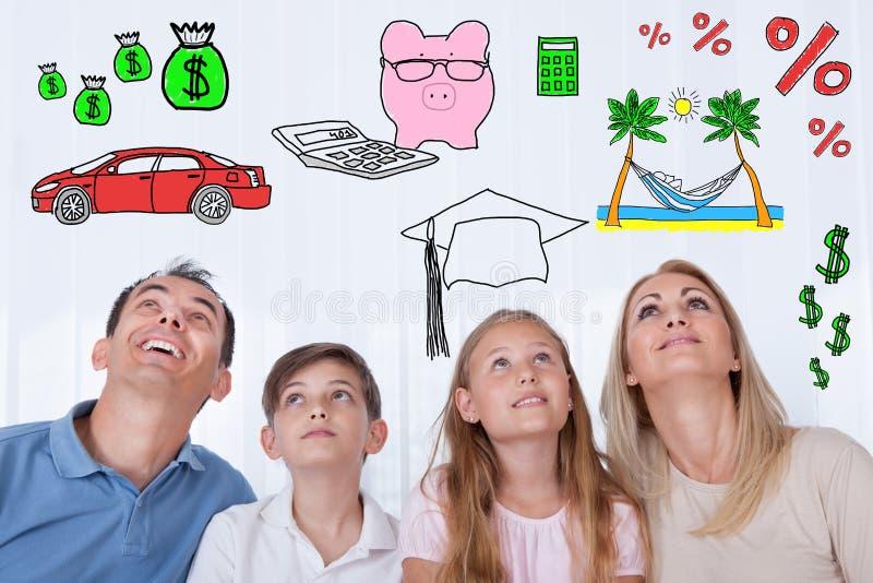 Famille rêvant de avoir un mode de vie sain images stock