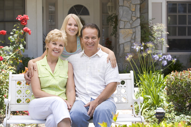 Download Family Outside There House Royalty Free Stock Images - Image: 7876889