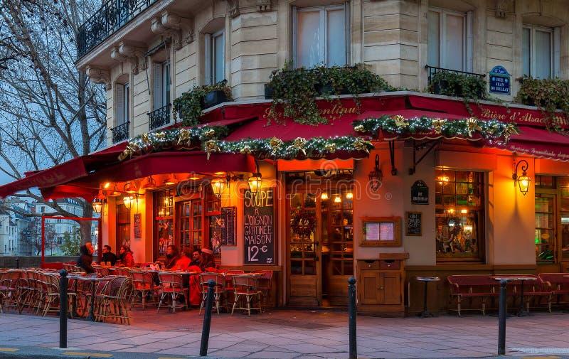 the famous brasserie de l ile saint louis decorated for christmas