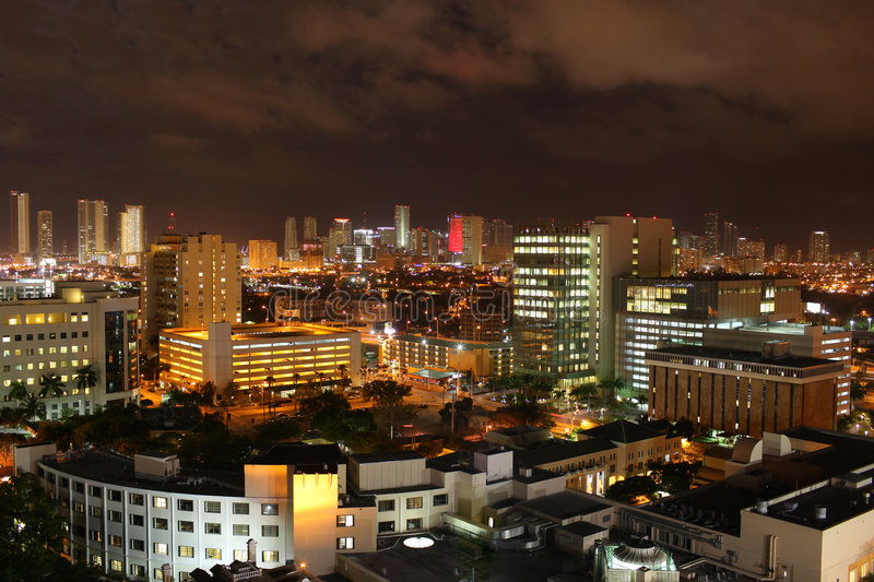 Download FAMOUS NIGHT SCENE - DOWNTOWN MIAMI Stock Image - Image: 8132157
