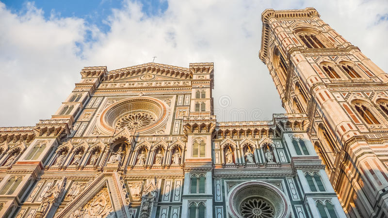 Famous Piazza del Duomo στο ηλιοβασίλεμα στη Φλωρεντία, Τοσκάνη, Ιταλία στοκ φωτογραφία με δικαίωμα ελεύθερης χρήσης