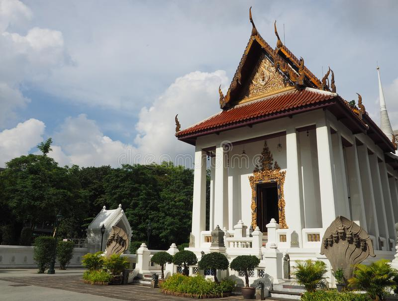 Famous Thai temple bathed in morning light stock photography