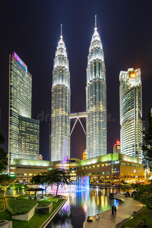 Famouse Petronas Towers at night In Kuala Lumpur, Malaysia. Kuala Lumpur, Malaysia - September 22, 2016: Famouse Petronas Towers at night In Kuala Lumpur stock photos