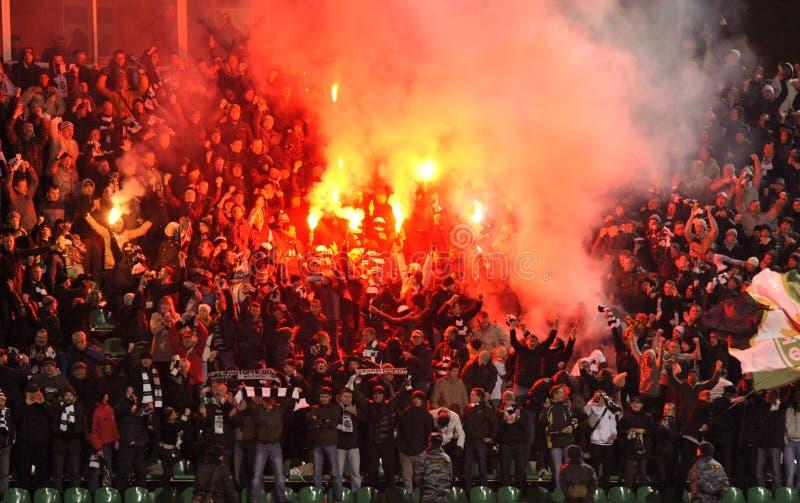 Fanáticos del fútbol en Rusia imagen de archivo
