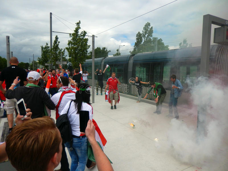 Fanáticos del fútbol húngaros en el euro 2016, Marsella, Francia imagen de archivo libre de regalías