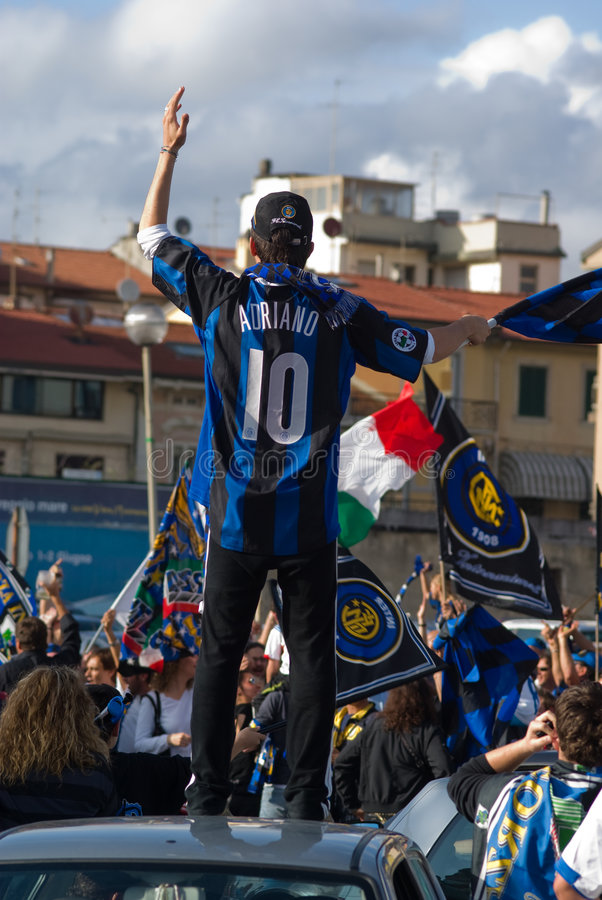 Download Fan Of Fotball Club Internazionale Of Milan Group Editorial Photo - Image of people, happiness: 5207386