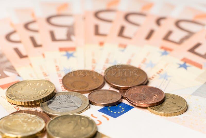 Fan från femtio euro pengar och cent arkivbild