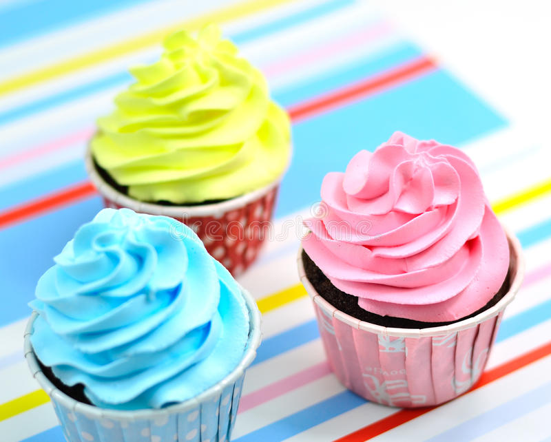 Download Fancy cup cake stock image. Image of berry, closeup, cake - 27381343