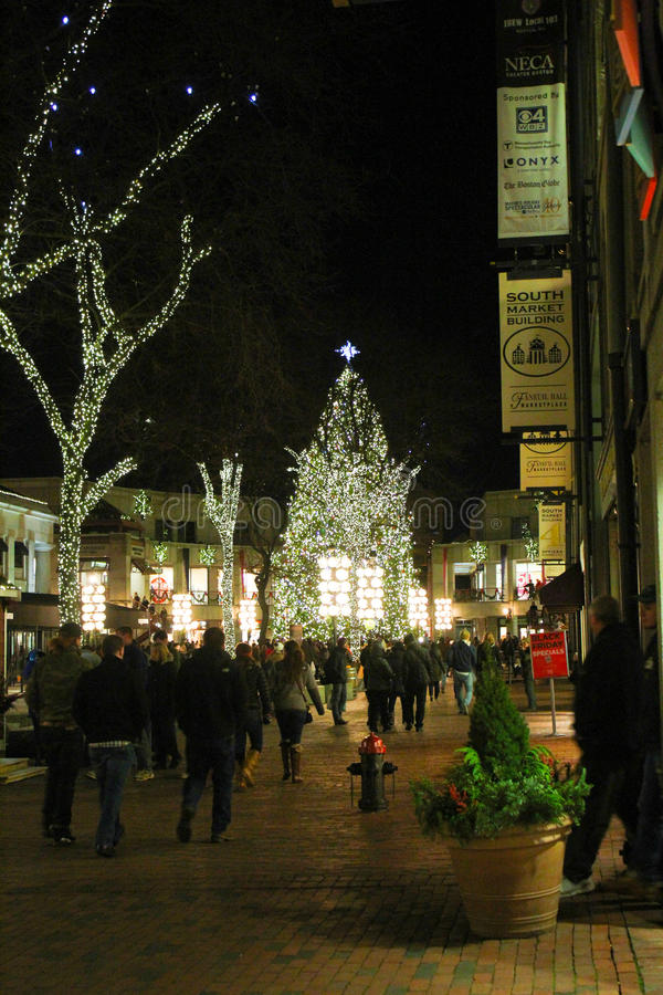 Faneuil Hall Christmas Tree, Boston, doctorandus in de letteren royalty-vrije stock foto