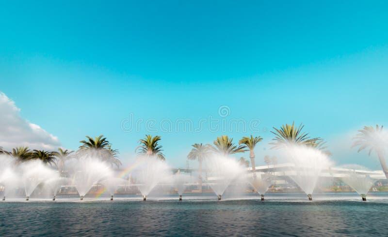 Fanfare Fountains bij Gatewayplein royalty-vrije stock afbeelding