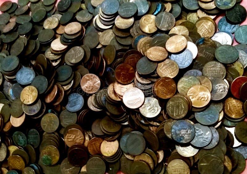 Fangen Sie an, Pennys zu speichern ist gut lizenzfreie stockbilder