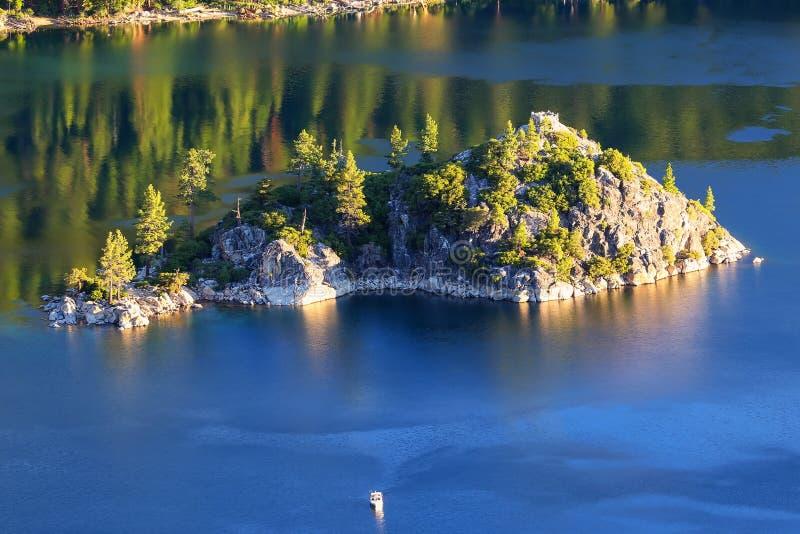 Fannette Island em Emerald Bay, Lake Tahoe, Califórnia, EUA fotos de stock