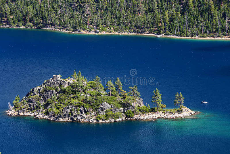 Fannette Island em Emerald Bay, Lake Tahoe, Califórnia, EUA fotografia de stock royalty free