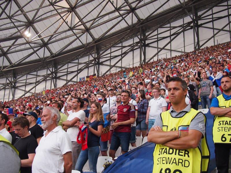 Fans de Inglaterra en Marsella imagen de archivo