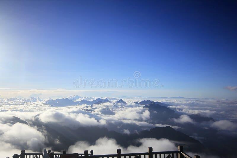 Fansipan jest wysokim górą w Wietnam zdjęcie royalty free