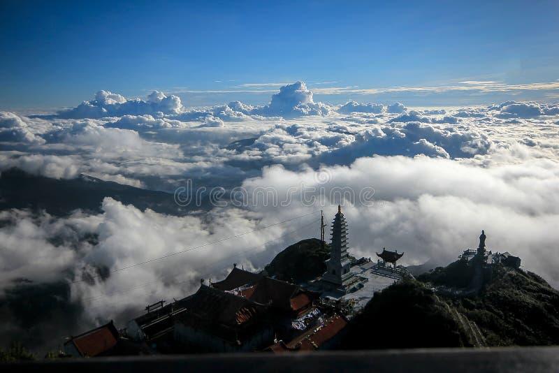 Fansipan jest wysokim górą w Wietnam zdjęcie stock