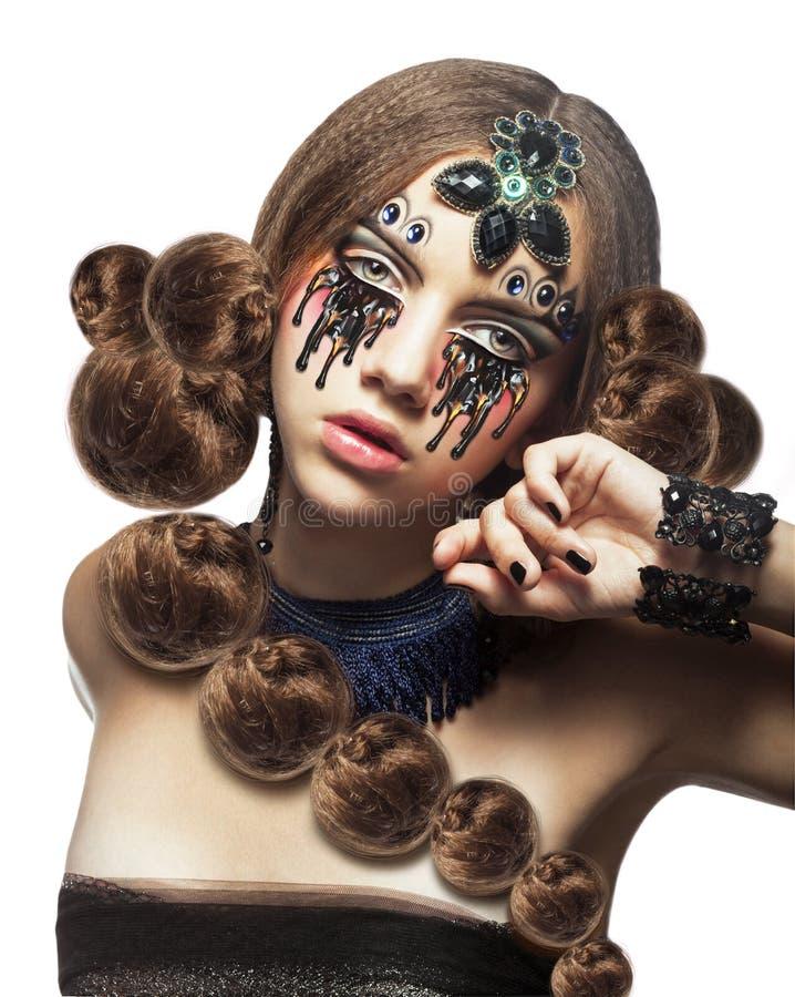 fantasi Älskarinna med idérik makeup och revor arkivfoto