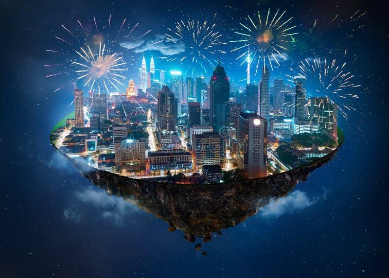 Fantasieinsel, die in die Luft mit moderner Stadt schwimmt stockfotos