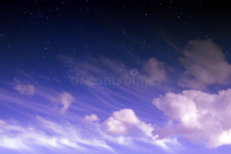 Fantasimagihimmel fotografering för bildbyråer
