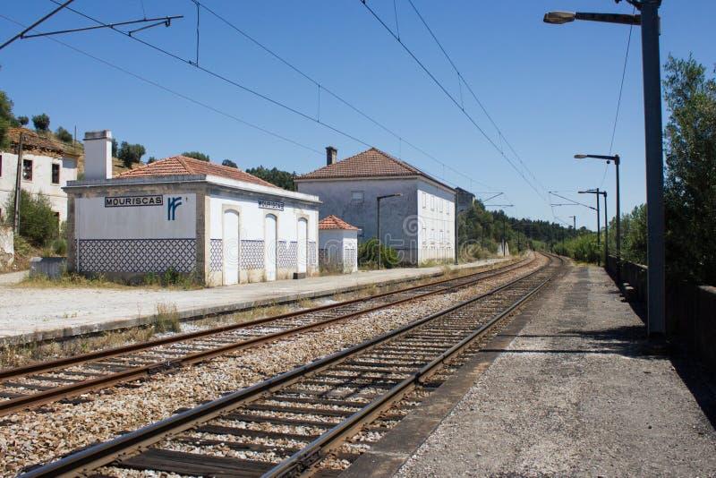 Fantasma della stazione ferroviaria in Mouriscas, Ribatejo, Santarém, Portogallo immagine stock