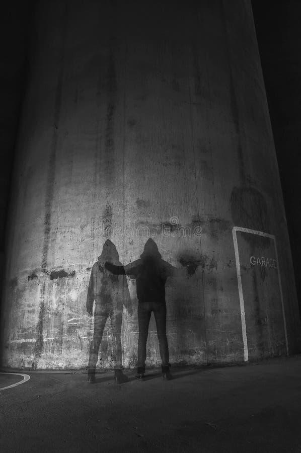 Fantasmas na garagem de estacionamento foto de stock royalty free