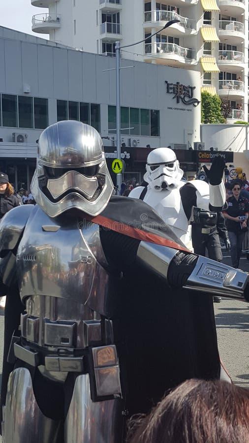 Fantastische Star Wars-Charaktere bei Broadbeach, Queensland lizenzfreie stockfotos