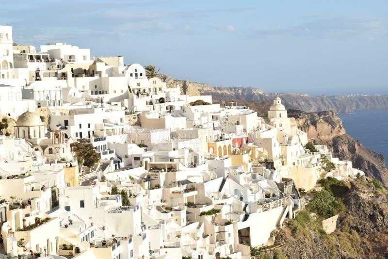 Fantastische witte huizen in Fira royalty-vrije stock foto's