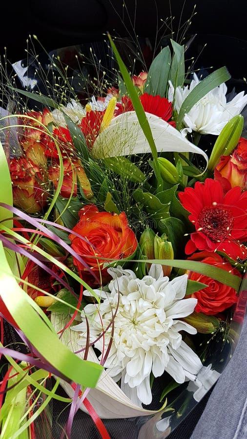 Fantastischer Blumenblumenstrauß stockfotografie