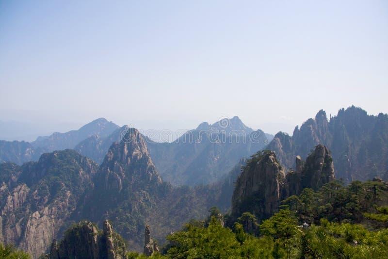 Fantastisk bedöva sikt av det Huangshan berget, gula Mountaing A royaltyfri bild