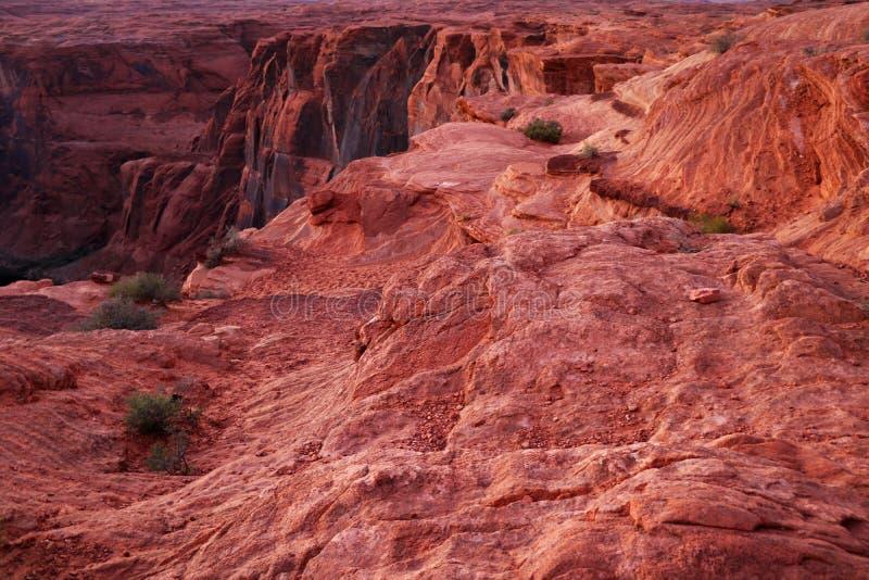 Fantastisk flyg- sikt av hästskokrökningen, sida, Arizona, Förenta staterna arkivfoton