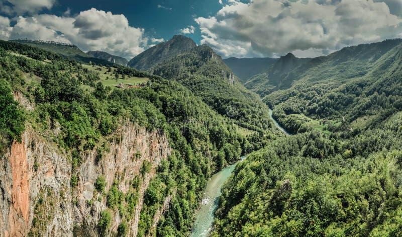 Fantastisk kanjon royaltyfri fotografi
