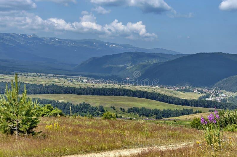 Fantastisk panorama- bergutsikt. arkivbilder