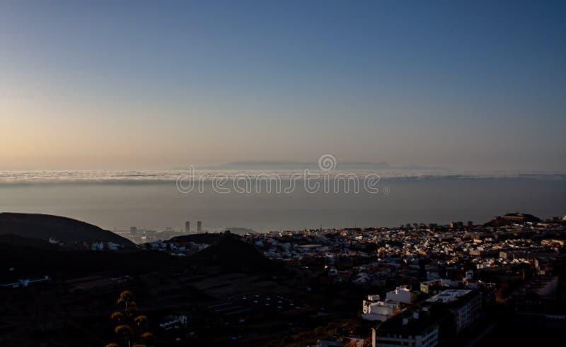 Fantastisk sikt över Santa Cruz med arkivfoto