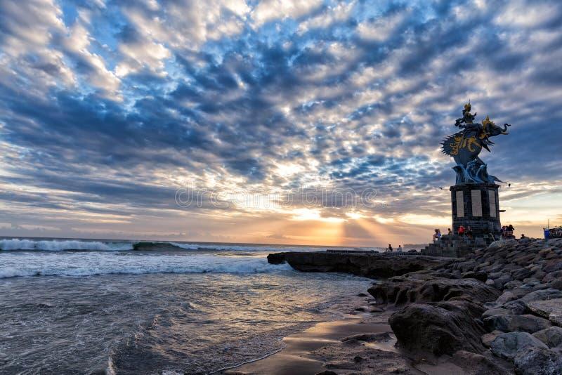 Fantastisk solnedgångsikt i Canggu fotografering för bildbyråer